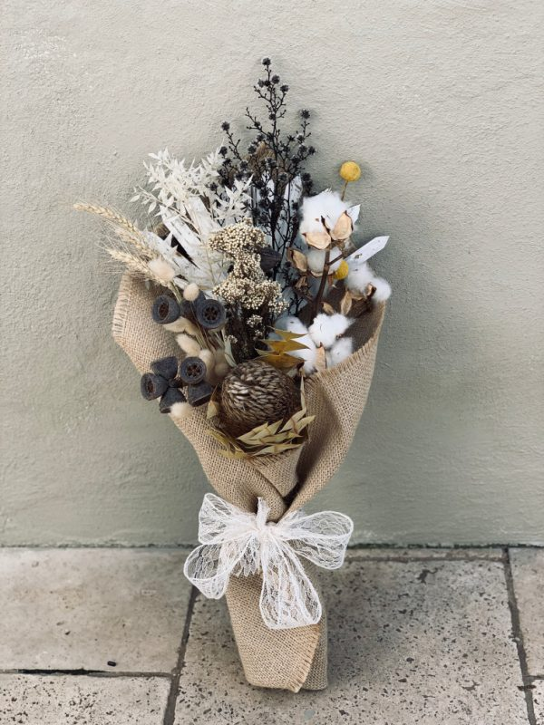 Neutral Dried Bunch of Flowers