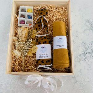 Baby Gift Box Flowers and Chocolate